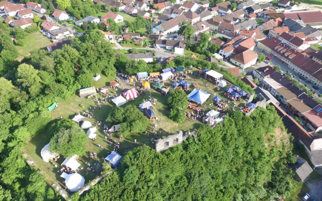 Neues Festival auf der Burgruine: LaBrassBanda kommt